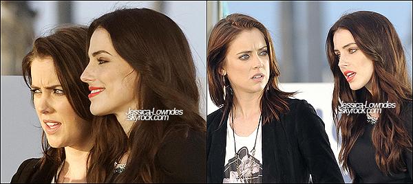 . Les Jessicas et Shenae Grimes ont été vus ensemble tournant une scène de 90210, le 7 décembre 2012. .