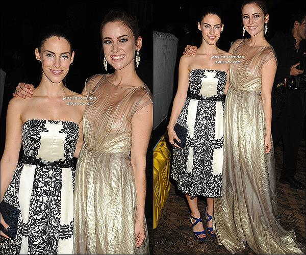 """. 10/12/12 : - Jessica Lowndes et Jessica Stroup étaient prèsentes au """"7th Annual Charity Ball"""". Que penses-tu de la tenue de Jessica Lowndes, Top ou Flop?... Perso top, ça fait plaisir de voir les Jessicas, ensembles! ."""