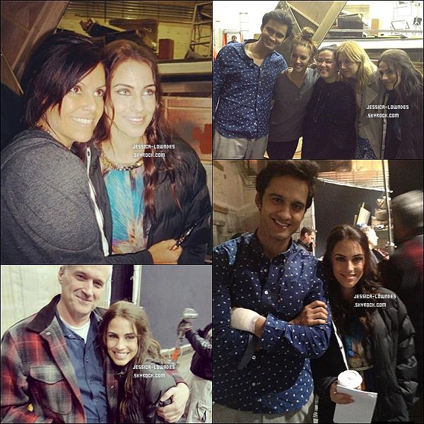 Voici des photos des Jess's et Michael Steger, datant du dernier jour de tournage (6 mars 2013).