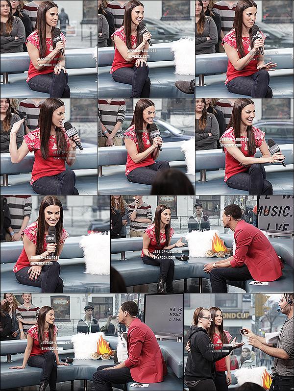 22/03/13 : Jessica s'est rendu à l'évènement « New Music Live », la belle a parlé des ses projets musicaux !