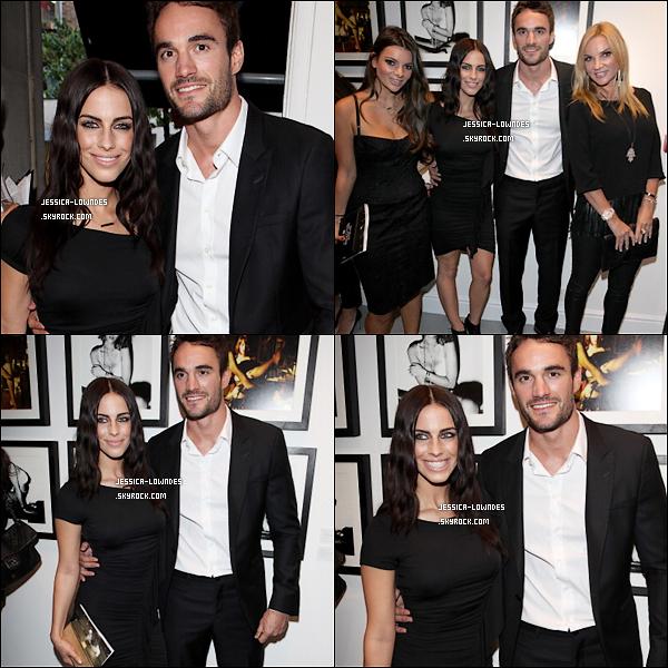 01/05/13 : Jessica et son petit ami Thom Evans assistent à une soirée privée à Londres (Angleterre).
