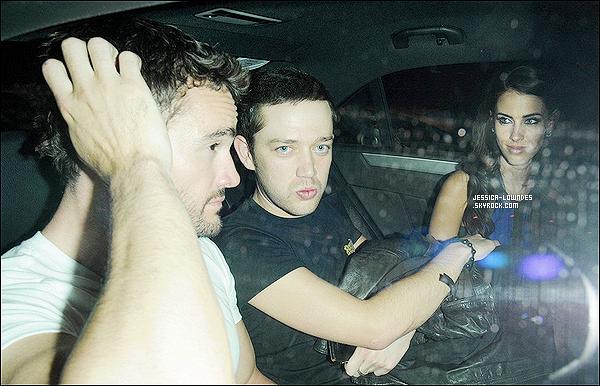 03/05/13 : C'est accompagnée de son copain Jamie et de son petit-ami Thom que Jessica a été vue à Londres.