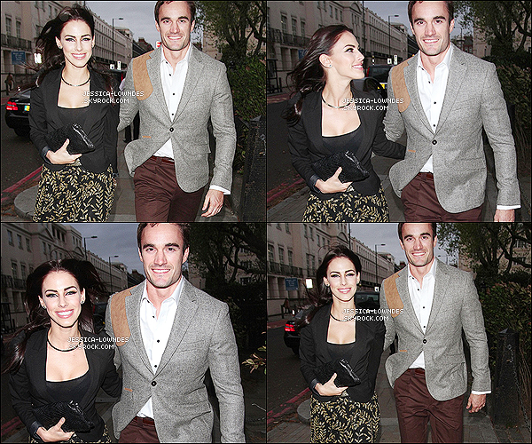 """09 mai 2013 : Jess' et Thom ont été vus allant puis à la campagne de la marque """"Coca-Cola"""", à Londres (U.K)"""