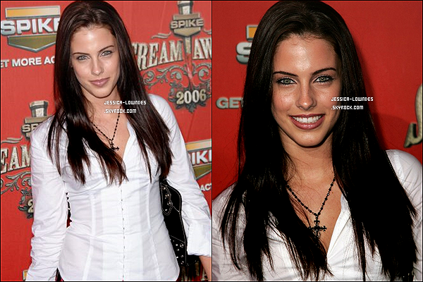 10/10/2006 : A 17 ans, Jess' faisait une de ses 1ères apparition sur le tapis rouge des Spike TV Scream Awards !