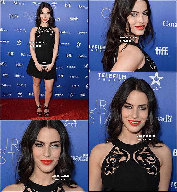 """27/02/2014 : Jess' était présente à la session des """"Canada's Stars"""" afin de présenter les téléfilms,  Los Angeles."""