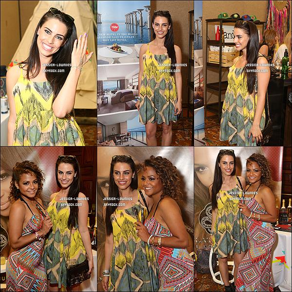 11/04/14 : Jess au Kari Feinstein Music Festival Style Lounge à La Quinta Resort et Club. Notre Jessica était magnifique, elle a bien évidemment posé avec la star de la chanson des années 2000,  Chrisina Milian. mercredi 19 mars 2014 : Jessica était à la célération du  SS'14 avec Nikki Reed.