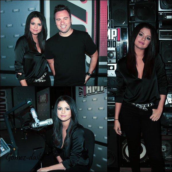 22.06.15 - Une journée bien trop remplie pour Selena à New York.