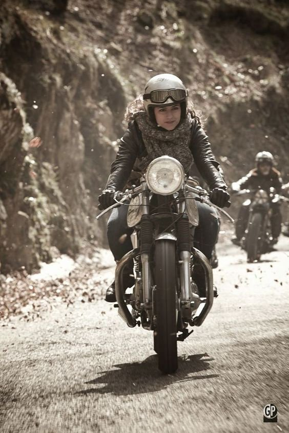 l'univers du cafe racer
