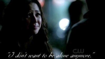 Je ne veux plus être seule, encore une fois. C'est trop dur, beaucoup trop dur et ça fait tellement mal.