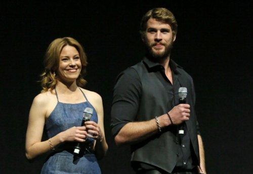 J'ai vu Robert Downey Jr et Gwyneth Paltrow ! / BA de Catching Fire / Still...