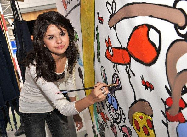 elle sait dessiner