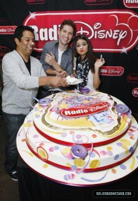 selena gomez a la radio 2011 Selena Gomez Radio 2011
