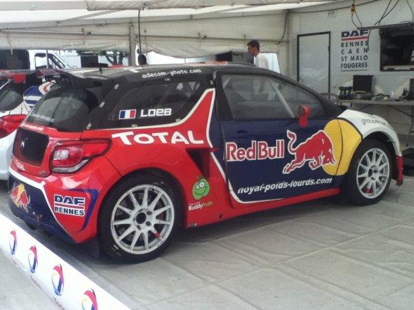 Voiture de Knapick mais avec Mr Sébastien Loeb.