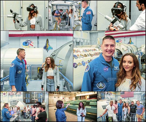 - April, 20/17 - Jade Thirlwall a été vue visitant les locaux du «NASA Johnson Space Center» avec quelques amis.  Côte tenue : ★ ★ ★ ☆ ☆- J'aime bien sa tenue même si elle est assez simple, Jade est rayonnante, sa fait super plaisir! Top ?   -