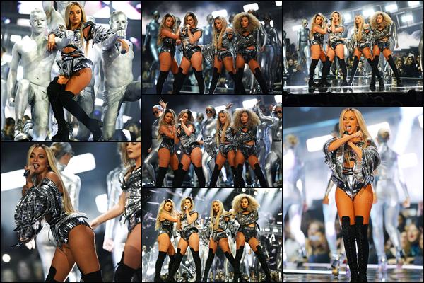 22/02/17 - Jade Thirlwall était présente lors de la cérémonie des «Brit Awards» avec les filles dans Londres.Les filles ont gagné l'award 'British Single' avec Shout Out To My Ex.. Concernant leurs tenue elles sont superbes, et pareil lors de la performance !