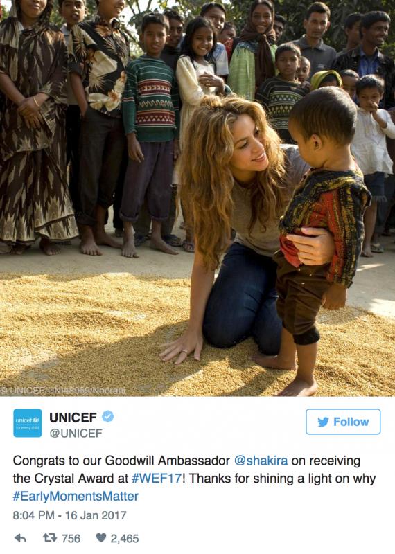 """Shakira participe à l'événement de """"Unidos Por Los Nuestros"""" (le 25/09/2017)"""