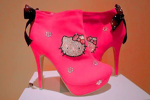 talon hello kitty 1