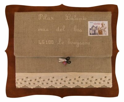 RONDE  THEME BRODERIE