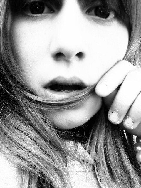 ▐▬▌ E l l O W ツ♥   ▐