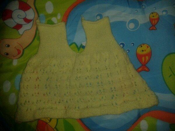 Dos robe jaune en cours...