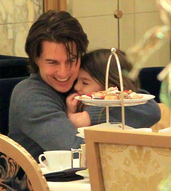 20.12.10 La famille Cruise au Plaza Hotel