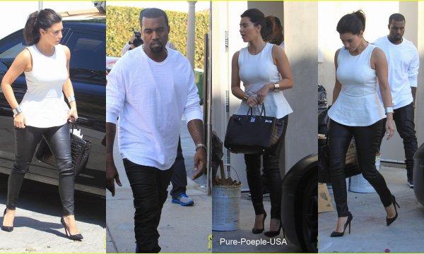 11/07/12:Kim Kardashian est alée rendre visite a son petit ami Kanye West .