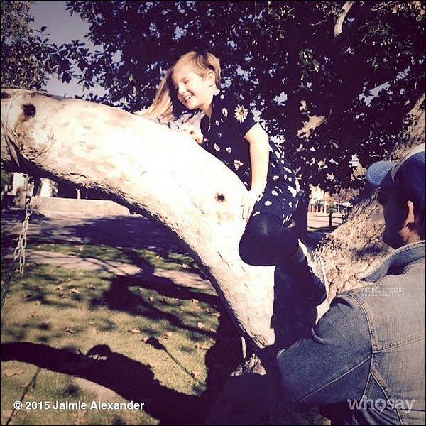 17/01/2014 : Photo de P' Facinelli et sa fille Fiona sur le compte instagram de J' Alexander !