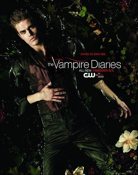 >> & après Nina Dobrev on a Paul Wesley qui pose pour la photo promotionnelle de The Vampire Diaries