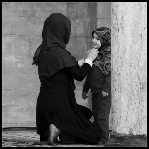 """» """" Agissez avec bonté envers (vos) père et mère """" [Sourate 4 ; An-Nisaa, Les Femmes. V. 36] ❤"""