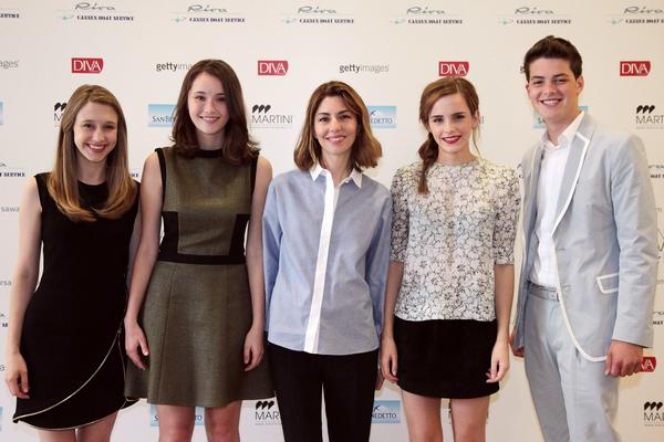 """Le 17/05 : Emma était présente à l'émission """"Le Grand Journal"""" à Cannes"""