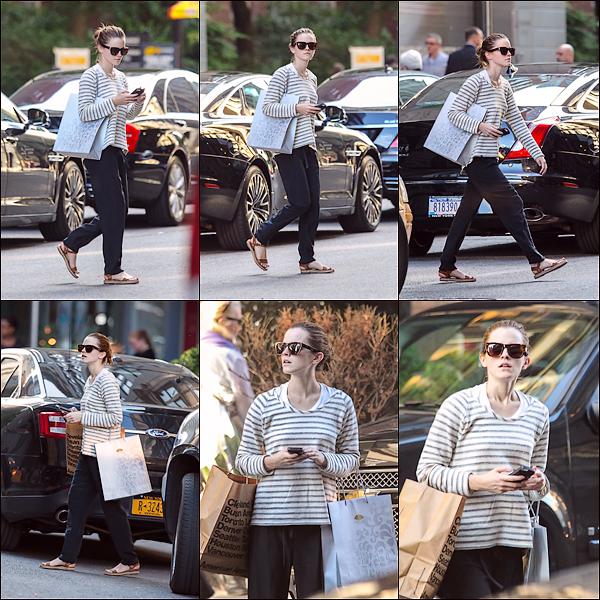 Le 12/06 : Emma a été aperçue faisant du shopping à New York