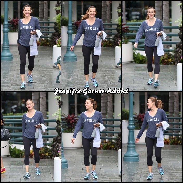 Jen à son cours de gym - le 15 Octobre -