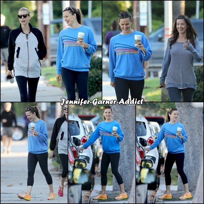Jen sortant de la gym - le 26 Octobre -