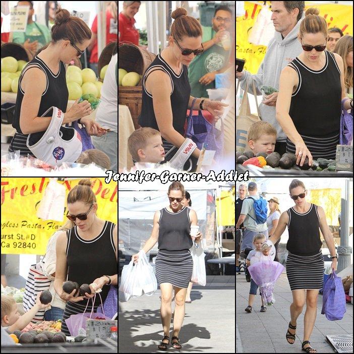 Jen, Séraphina et Samuel sont allés au marché - le 1er Novembre -