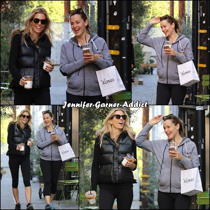 Jen a été chercher un café avec une amie - le 5 Décembre -