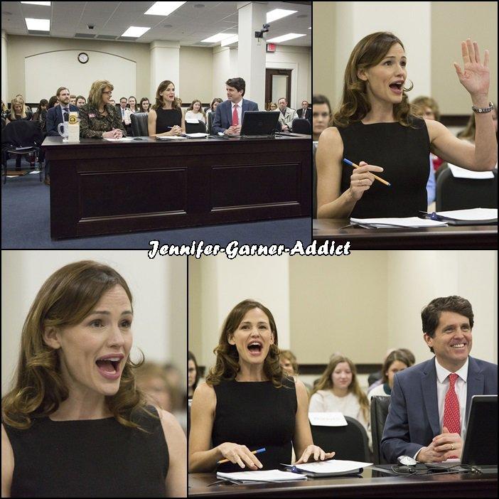 Jen s'adresse au Kentucky legislature pour parler des bénéfices qu'apporte l'assocation Save The Children dans l'éducation avec ses programmes sur la littérature - le 9 Février -