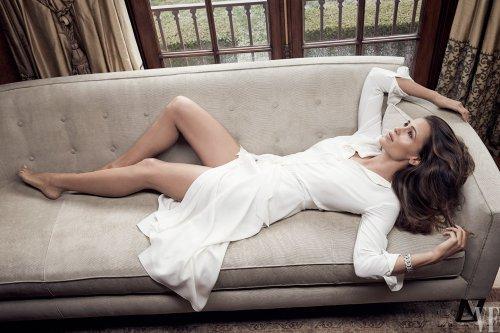 Jen à la Une de Vanity Fair au mois de Mars 2016, elle se confie sur son divorce
