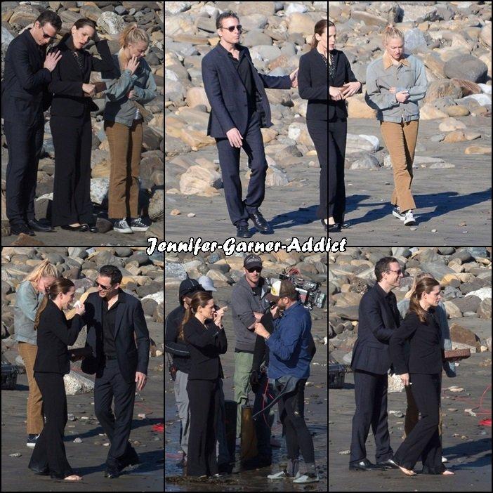 Jen sur le tournage de The Tribes of Palos Verdes - le 8 Mars - a priori il s'agirait d'un enterrement et le personnage de Jen va disperser les cendres.