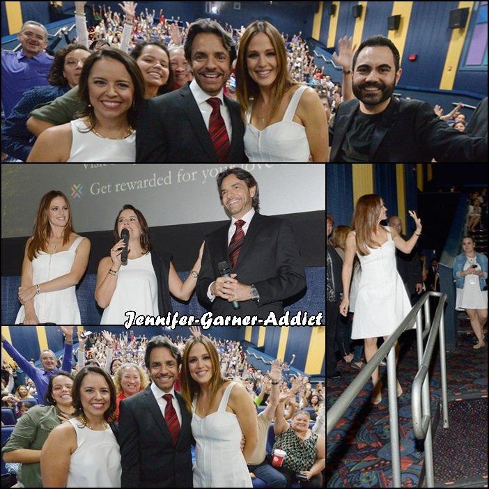 Jen à la première de The Miracles from Heaven à Miami - le 14 Mars -
