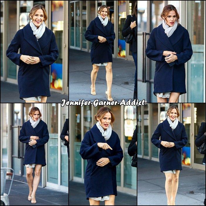 Jen a été manger après son passage dans l'émission Good Morning America - le 16 Mars -
