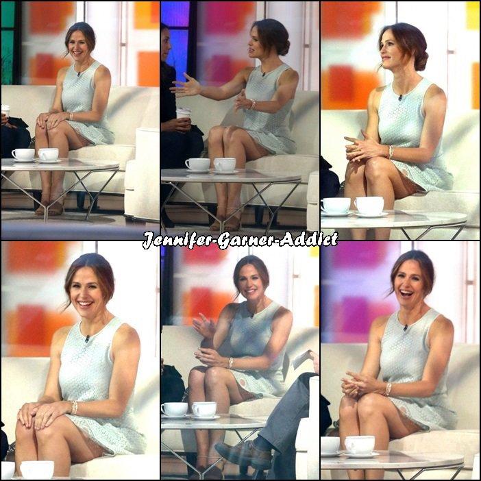 Jen dans l'émission The Today Show à New York - le 16 Mars -
