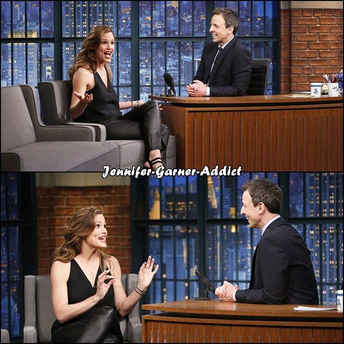 Jen a été dans l'émission de Seth Meyers - le 17 Mars -