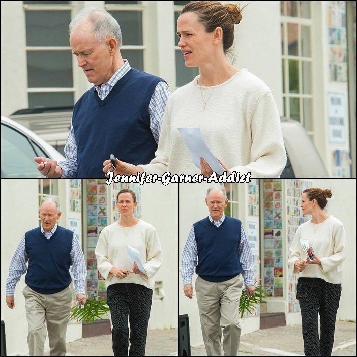 Jen et son papa sortant de l'église - le 20 Mars -