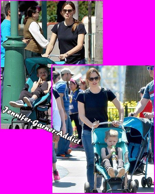 Jen à LA, puis avec son fils - le 24 Mars -