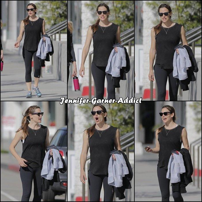 Jen a été à la gym - le 28 Mars -