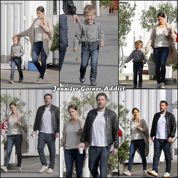Jen et Ben ont été aperçus avec Samuel puis Jen a été chercher Violet et Séraphina avec Samuel - le 22 Avril -