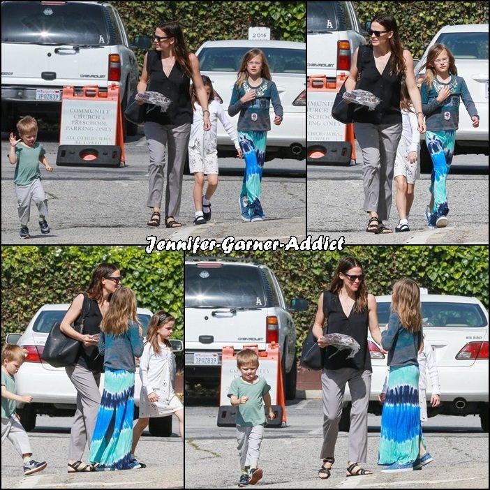 Jen et les enfants sont allés à l'église - le 24 Avril -