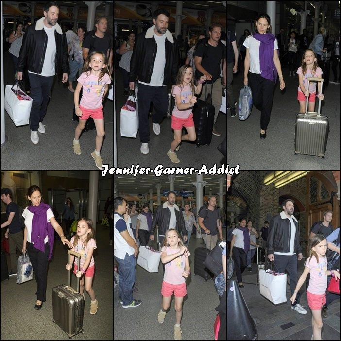 Jen, Ben et les enfants à la gare de Londres - le 8 Mai -