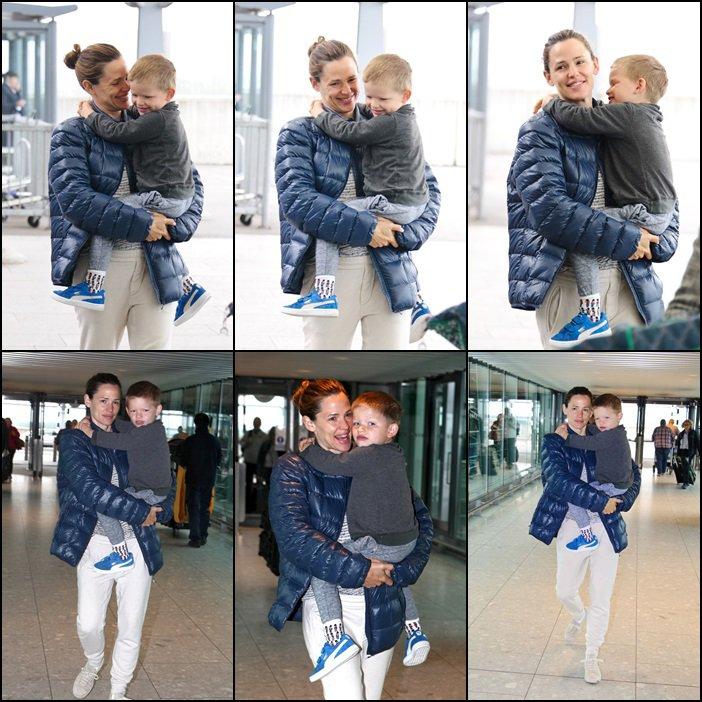 Jen et les enfants ont quitté Londres - le 2 Juin -