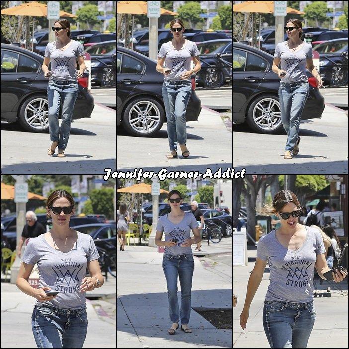 Jen a été se promener - le 14 Juillet -